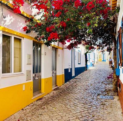 Ferragudo back streets