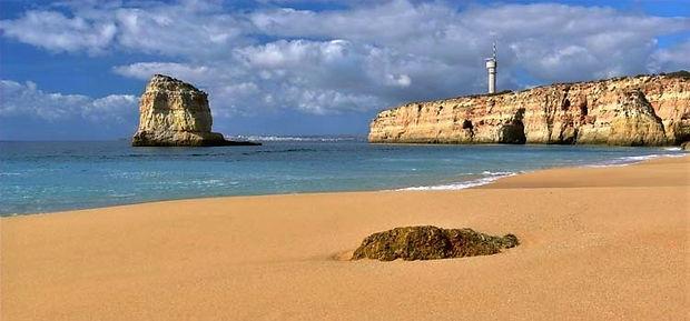 praia-dos-caneiros-ferragudo_edited.jpg