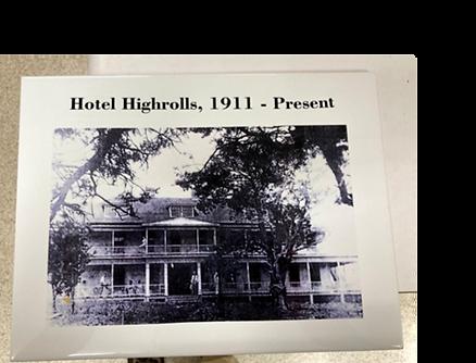 Old hotel on tile.png