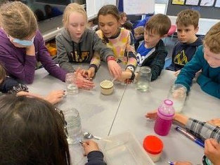 Whanui Year 5 and 6 children Science experiments