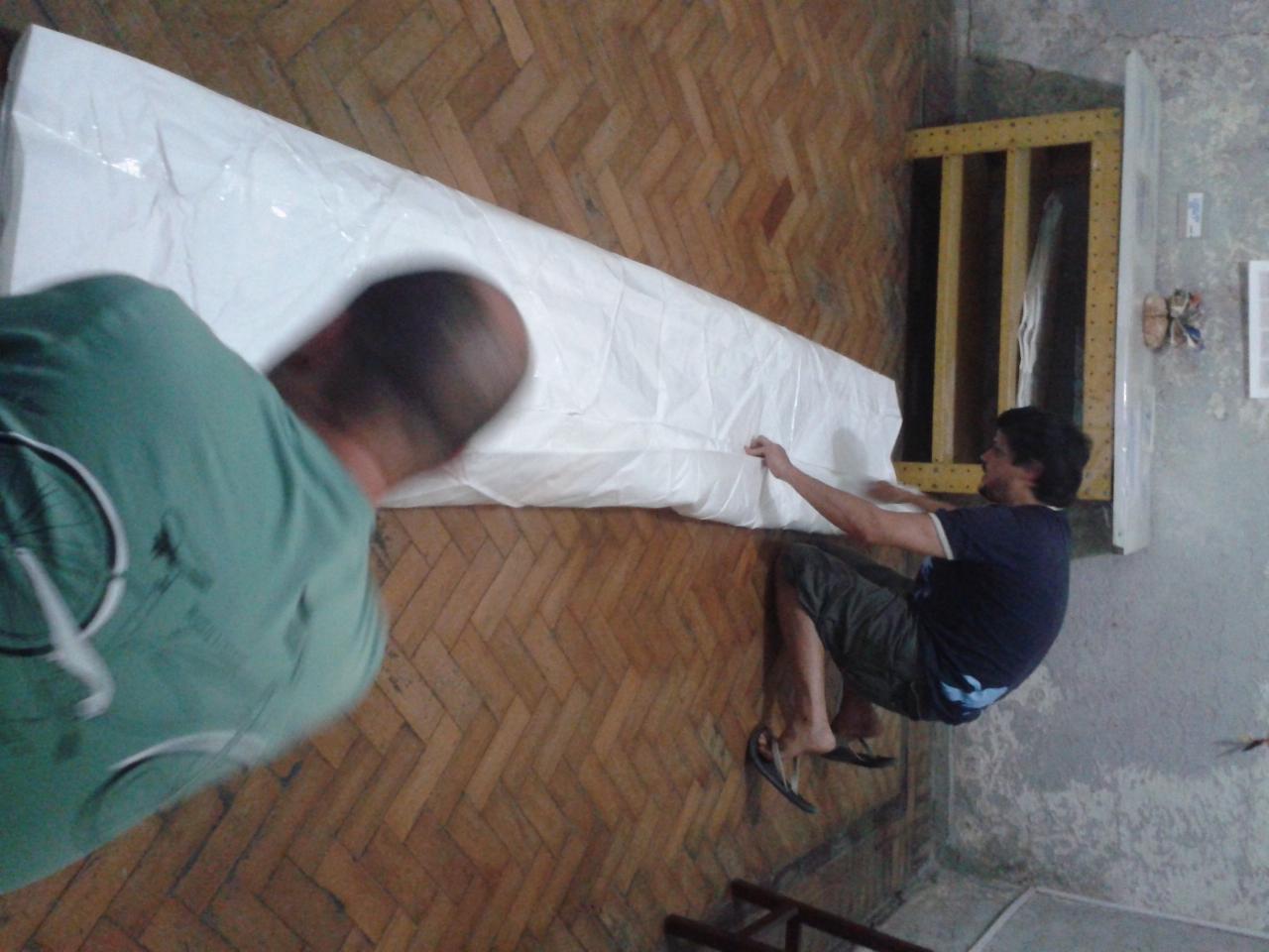 dobrando origami gigante