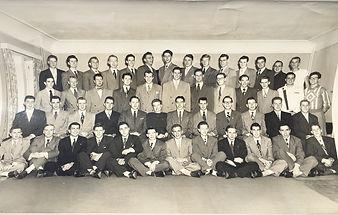 VMUPE1954.jpg
