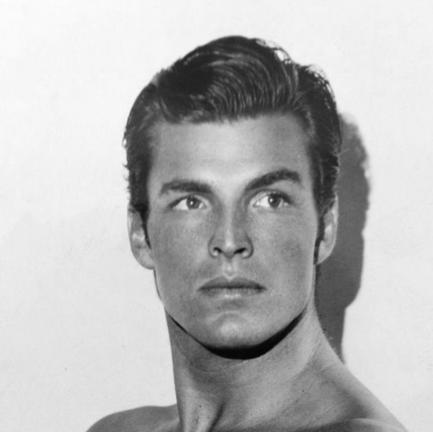 Legendary actor and AU Sig Buster Crabbe