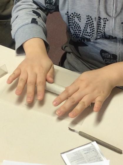 銀粘土をのばす
