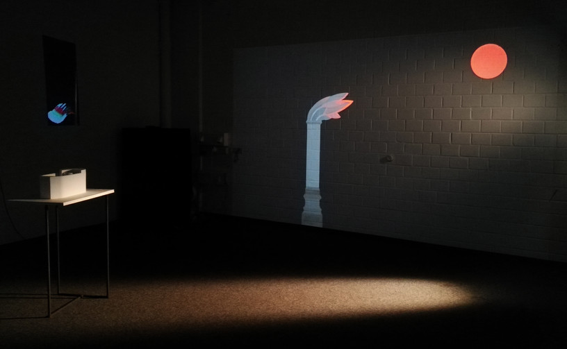 Echos disorder_2019_object and video animation projection Rundgang 2019_Kunsthochschule für Medien, Cologne