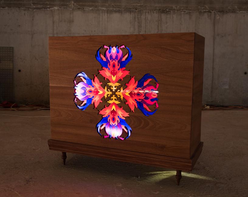 Muliya_2015_wood, glass, glass paint, sound system, electricity_100x96x38 cm