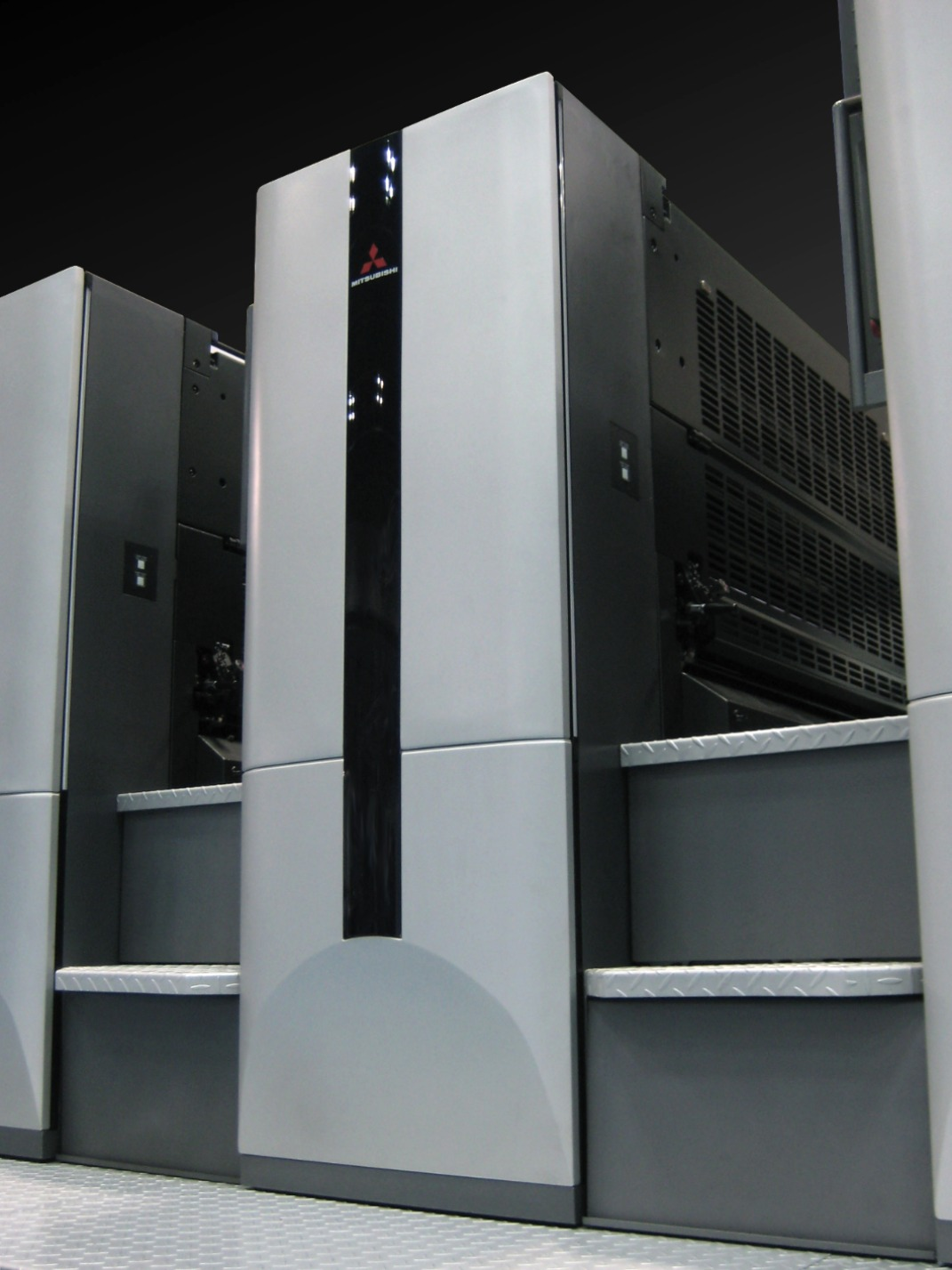 MITSUBISHI オフセット印刷機