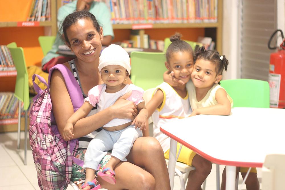 Escola Comunitária Luiza Mahin - Nilcélia Duarte / foto: CarlaGalrão
