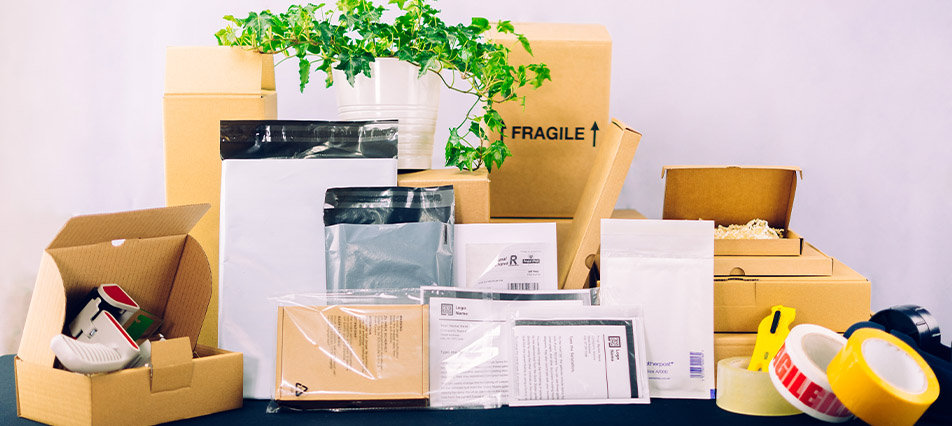 SR Mailing Selection, Mail Bags, Cardboard Boxes, Tapes, Labels, etc.
