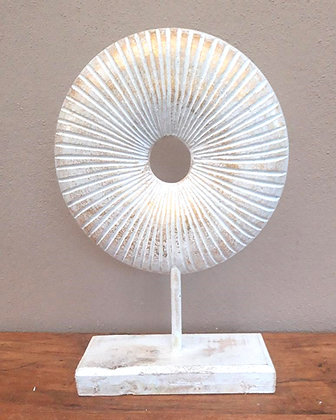 Hand Made Circle White & Gold shell ornament stand  30cm