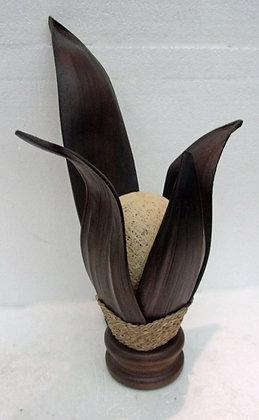 Dark Banana Palm Leaf Table Lamp