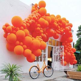 ballon art orange.jpg
