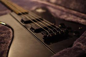 ベースギター1