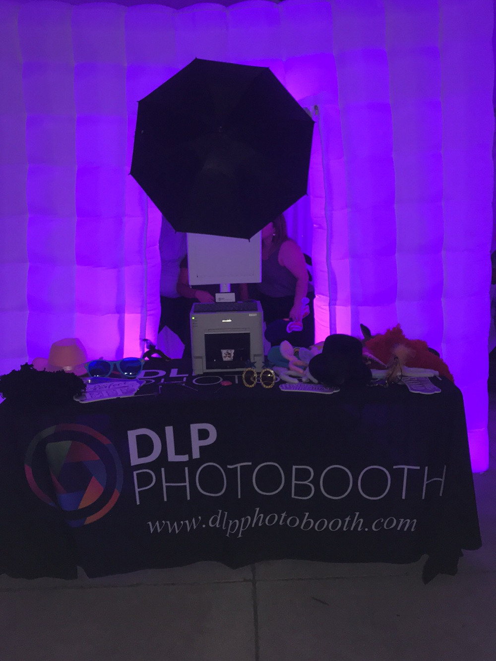 Enclosed Photobooth Set Up