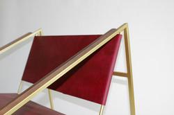 LZ1 Brass Lounge Chair in Oxblood - Deta
