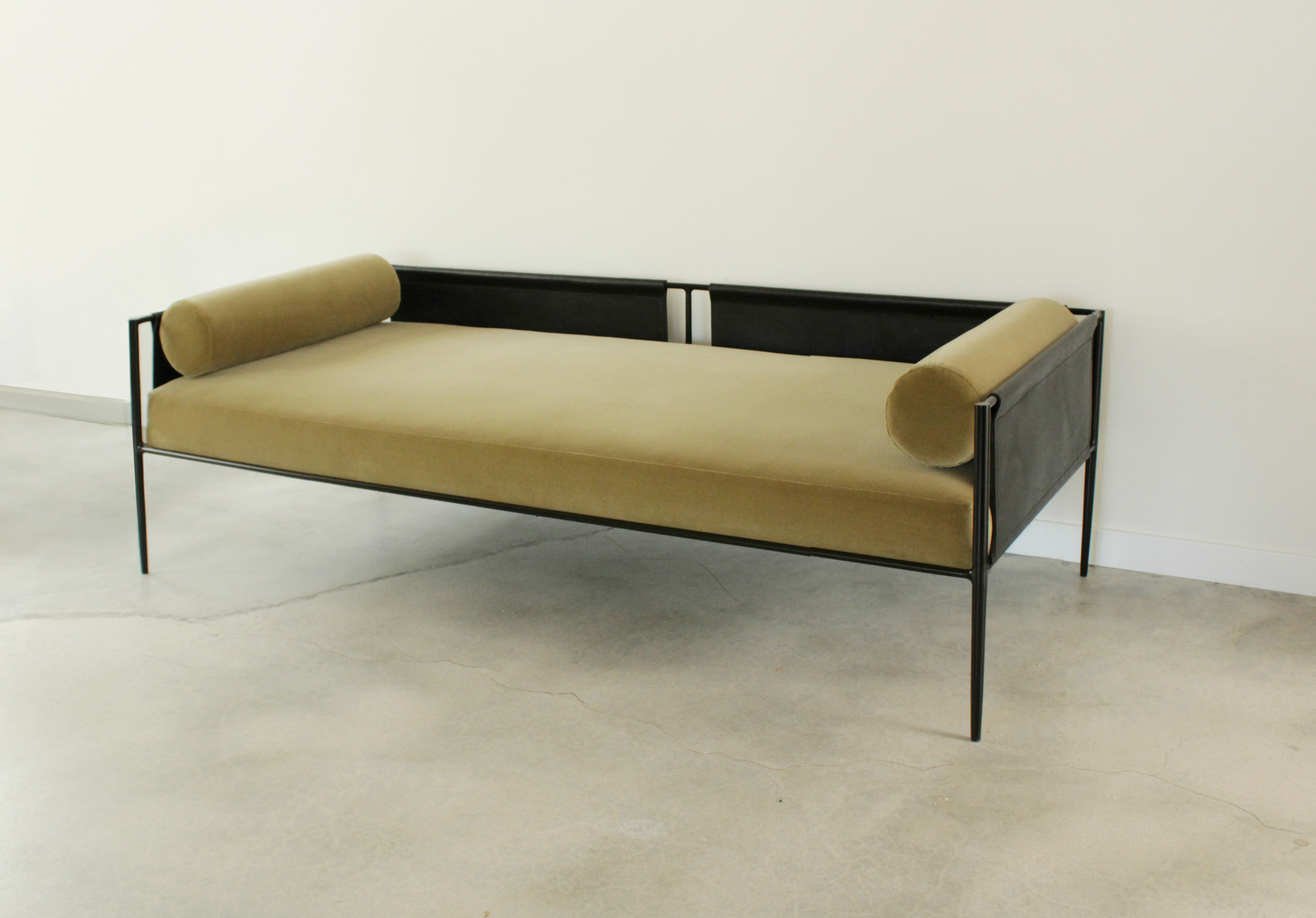 Lucca Daybed