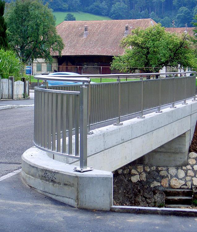 Barrière en acier inoxydable