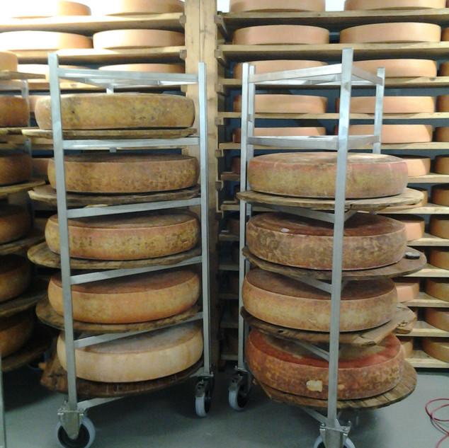 Chariots à fromages Emmentaler