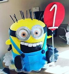 minions custom cake.jpg