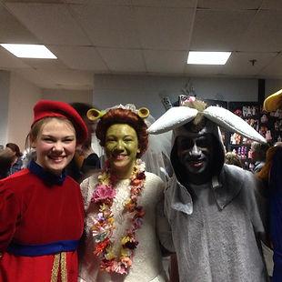 Shrek the Musical (2014) - Cast members.