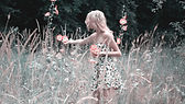 girl-collects-flowers-1725176_1920.jpg