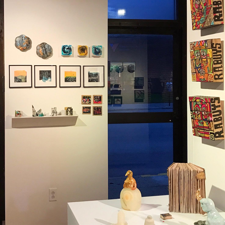 924 Gallery Tiny V Show