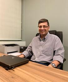 Dr. Renato Elias