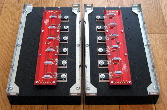 Output boards on heatsinks