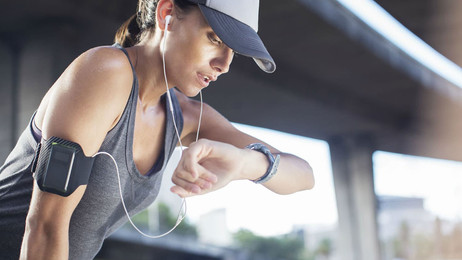 Wearable biofuel-cell device makes electricity from Human Sweat – Can charge other Wearables too