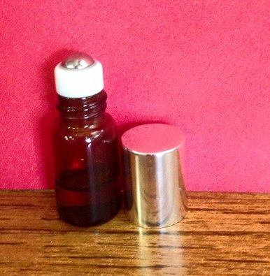 1 Count 3ml Amber Roller Bottle w/ Gold Lid