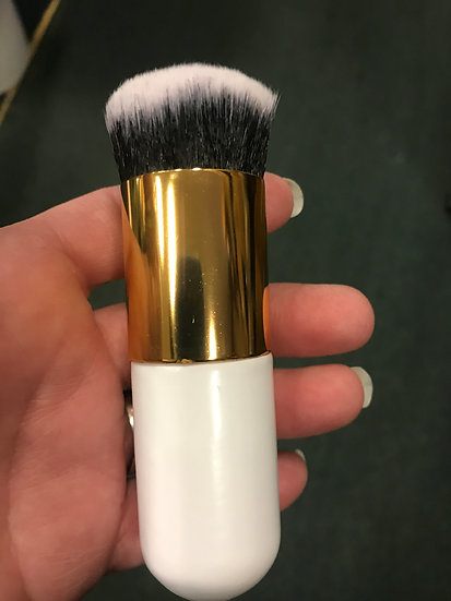 10 count  Chubby Foundation Brush -