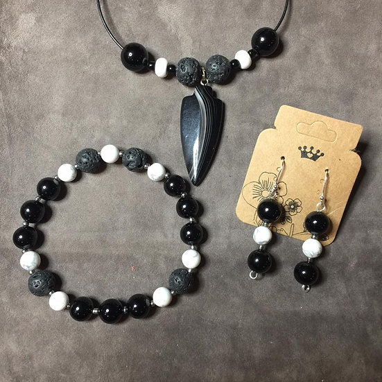 Black Onyx Agate Arrowhead  and Lava Stone 3 pc Set