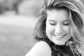 Hannah SNEAK PEEK-3.jpg