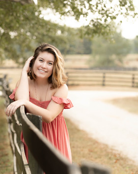 Hannah SNEAK PEEK-16.jpg