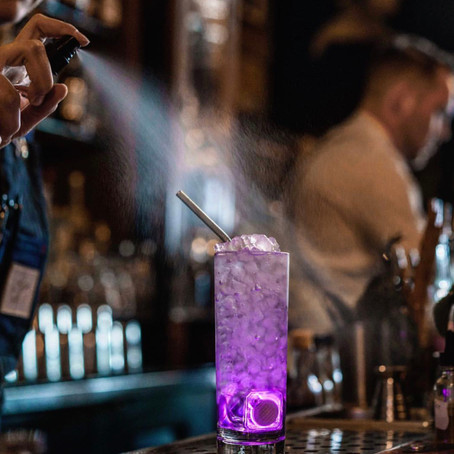 5 COCKTAIL BARS TO VISIT IN DETROIT
