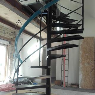 Escalier colimaçon thermolaqué Riec