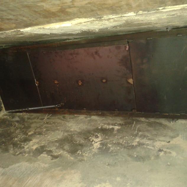 Trappe pivotante de cheminée.jpg