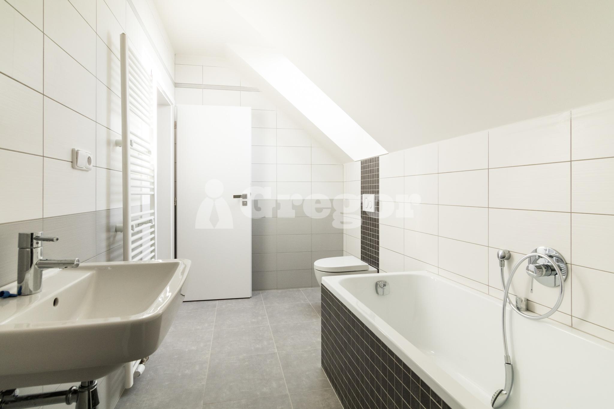 1. patro koupelna