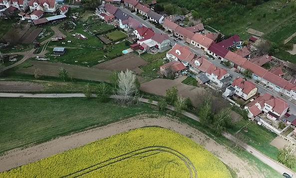 Pohled z dronu RD Šardice