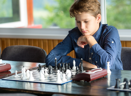 How to Practice Chess with Your Children At Home