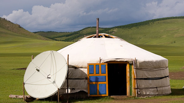 Mongolia - Surviving in the nomadic land