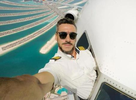Piloot maakt wel heel gewaagde selfies