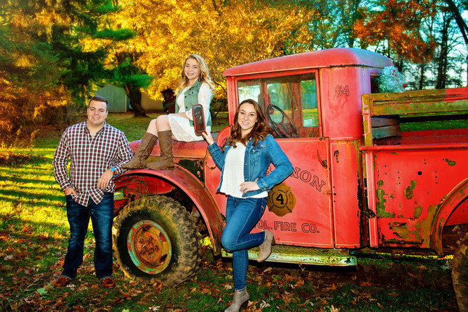 Christmas Vintage Truck Photo Sessions