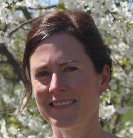Anne Robert, masseuse, relaxing massage, head-neck shoulder massage, hand massage, foot massage, gift voucher, mother's day gift, birthday present, wellness, self-healing ability of the body, relaxation, Weleda, Chinese head, neck and shoulder massage, trigger point massage, fybromyssage, relaxing massage, gift voucher, benefits of massage, support your self-healing ability, health benefits of a massage, relaxation massage, reduce pain, stiff muscles, muscle relaxation, mental relaxation, physical relaxation, muscle recovery, decrease stress and nervousness, decrease depression, physical recovery, recovery muscles, immune system strengthens, recovery tired muscles, massage Tervuren, massage Vossem, qualified masseuse, complete relaxation, lower blood pressure and reduce stress, Christmas gift, present, gives energy, removes waste, stimulates blood flow, authenticity, true identity, be who you really are