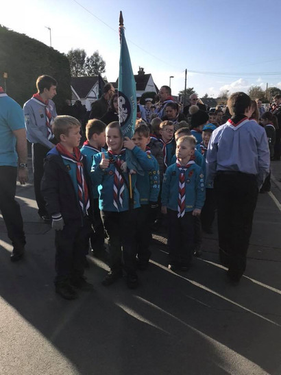 Beavers flag bearers.jpg