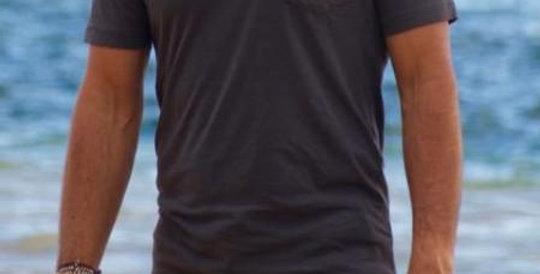 Unisex T-Shirt (The Bart)
