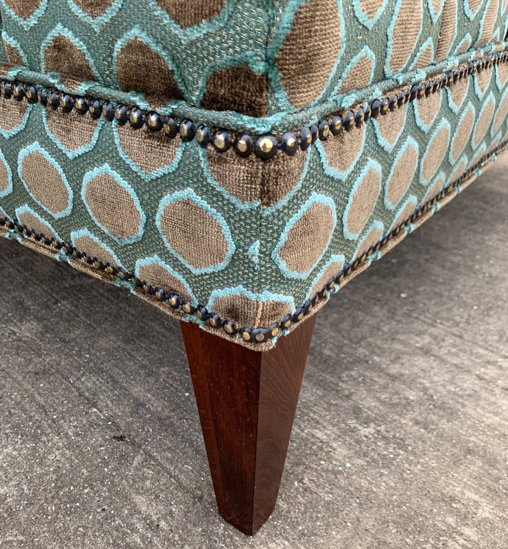 Detail of nailing and a tapered leg