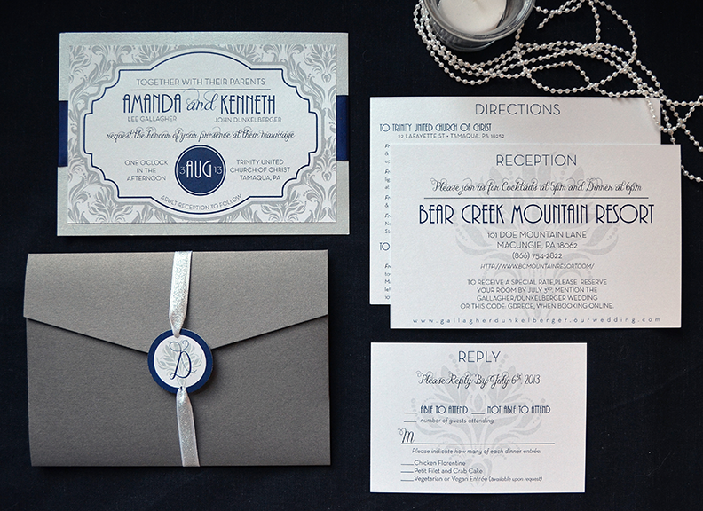 Navy-and-Silver-Damask-Set.png