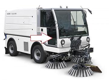 Стекло дверное нижнее правое коммунальная машина пылесос Bucher CityCat 5000