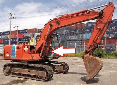 Стекло правое кузовное возле стрелы нижнее  Экскаватор гусеничный Hitachi EX100,120,200,300-3 серия